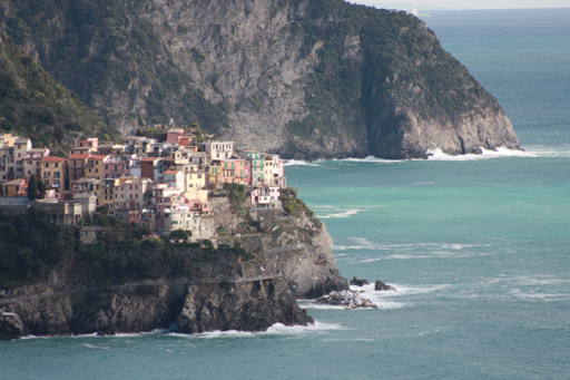 manarola from corniglia trail
